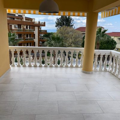Apartment for sale in Kusadasi near the Marina with sea views