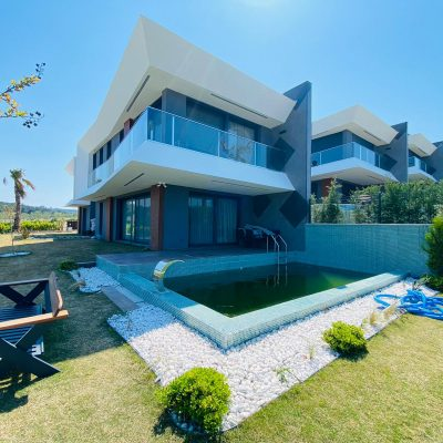 Detached Luxury Villa For Sale with Own Pool Full Sea View